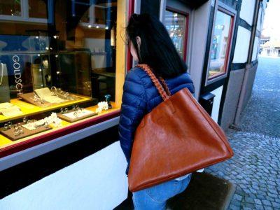 brauner Shopper aus Rindsleder