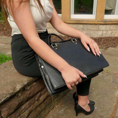 Damen Businesstasche aus schwarzem Leder