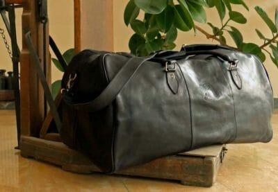 Reisetasche XXL aus schwarzem Rindsleder
